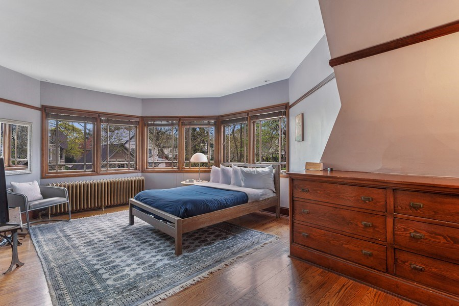 Real Estate Photography - 1019 Chicago Ave, Oak Park, IL, 60302 - Master Bedroom
