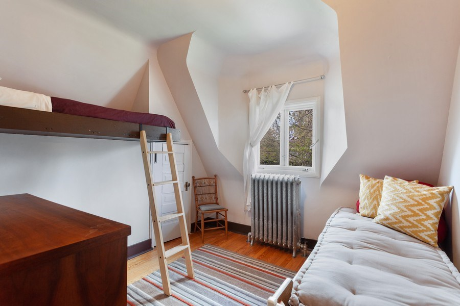 Real Estate Photography - 1019 Chicago Ave, Oak Park, IL, 60302 - 4th Bedroom