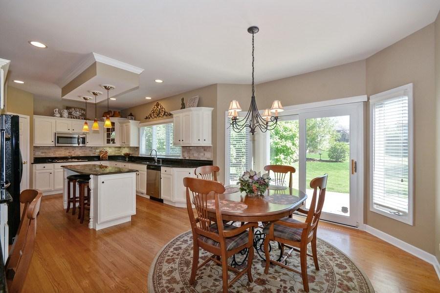 Real Estate Photography - 608 Pottawatomie Trail, Batavia, IL, 60510 - Kitchen / Breakfast Room
