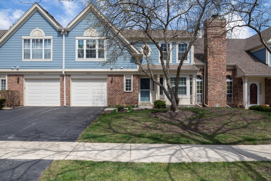 Real Estate Photography - 4065 N. Newport Lane, Arlington Heights, IL, 60004 - Front View