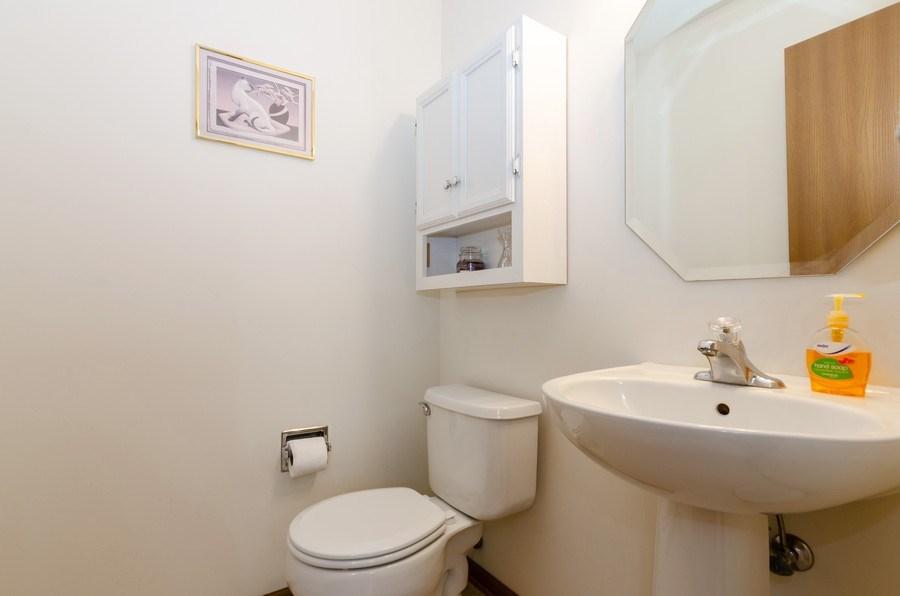 Real Estate Photography - 1139 SAWMILL Lane, Algonquin, IL, 60102 - Powder Room