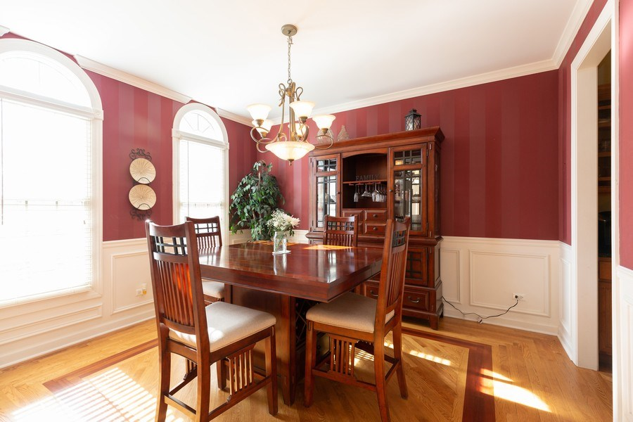 Real Estate Photography - 6208 BRIGHTON Lane, Lakewood, IL, 60014 - Dining Room