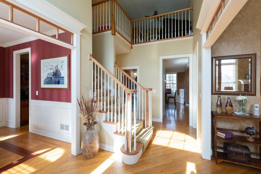 Real Estate Photography - 6208 BRIGHTON Lane, Lakewood, IL, 60014 - Foyer