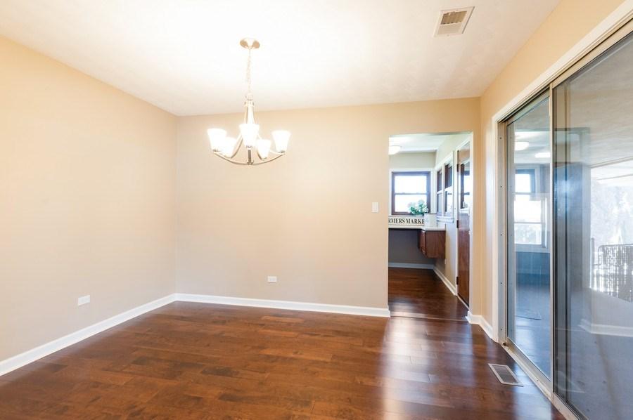 Real Estate Photography - 39351 N. Carol Lane, Beach Park, IL, 60099 - Dining Room