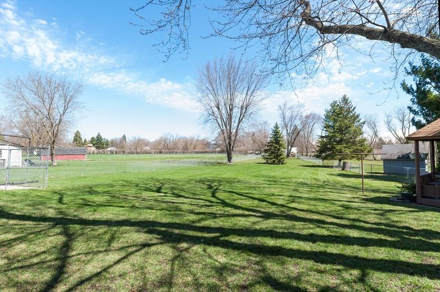 Real Estate Photography - 39351 N. Carol Lane, Beach Park, IL, 60099 - Back Yard