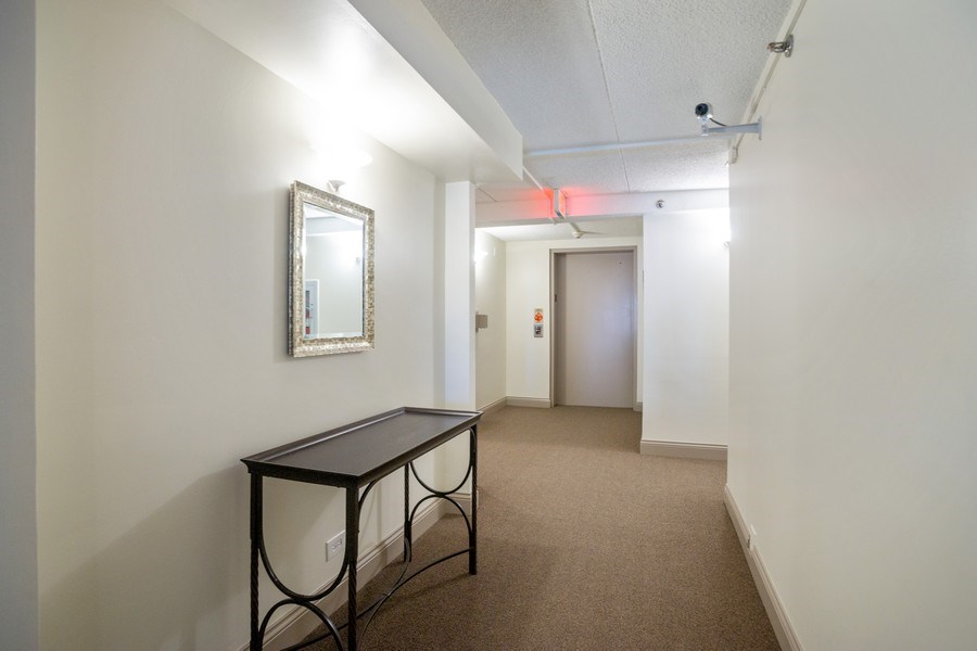 Real Estate Photography - 225 E. Wing Street, Unit 402, Arlington Heights, IL, 60004 - Foyer