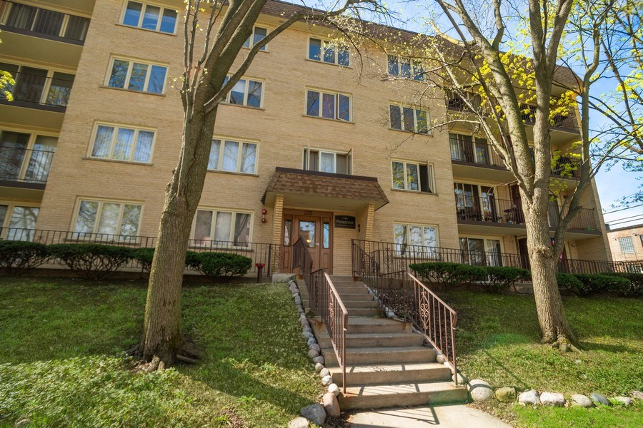 Real Estate Photography - 225 E. Wing Street, Unit 402, Arlington Heights, IL, 60004 - Front View