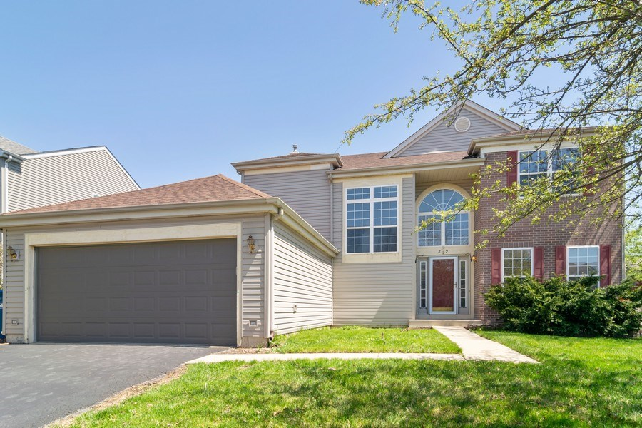 Real Estate Photography - 219 Faircroft Road, Bartlett, IL, 60103 - Front View