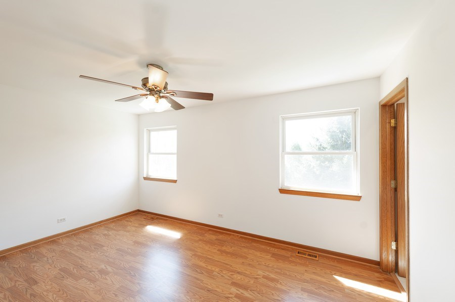 Real Estate Photography - 1107 Park Lane, Spring Grove, IL, 60081 - Master Bedroom