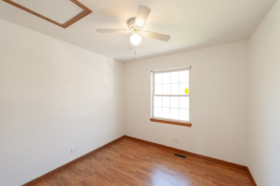 Real Estate Photography - 1107 Park Lane, Spring Grove, IL, 60081 - 3rd Bedroom