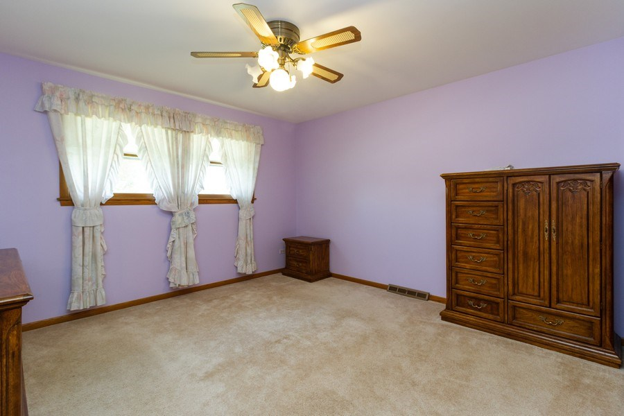 Real Estate Photography - 6241 W. 92nd Place, Oak Lawn, IL, 60453 - 3rd Bedroom