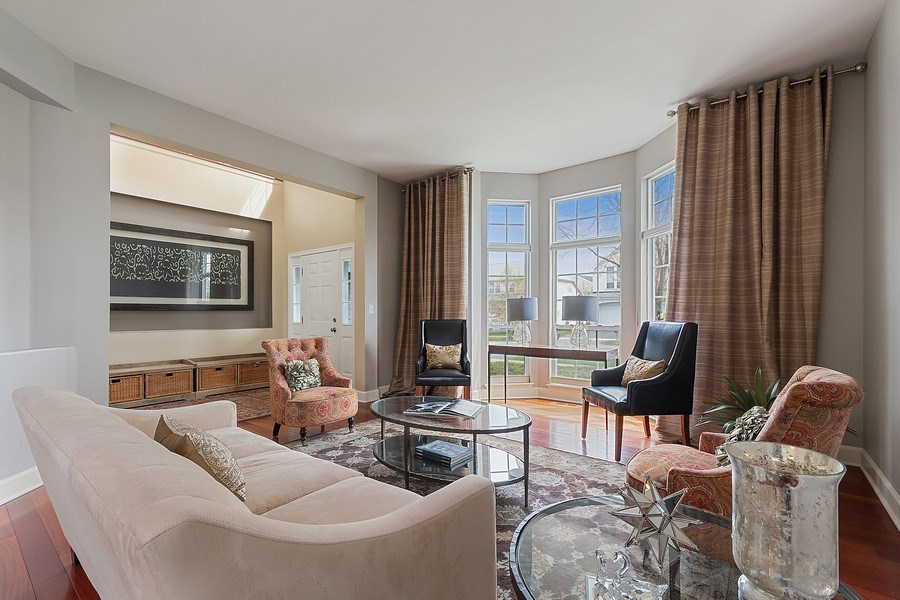 Real Estate Photography - 1619 William Penn Drive, Naperville, IL, 60563 - Living Room