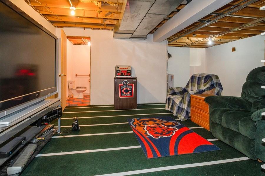Real Estate Photography - 5201 Irish Lane, Harvard, IL, 60033 - Family Room