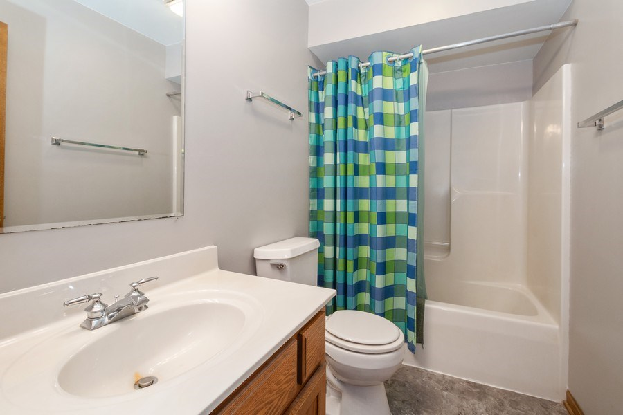 Real Estate Photography - 5201 Irish Lane, Harvard, IL, 60033 - Bathroom
