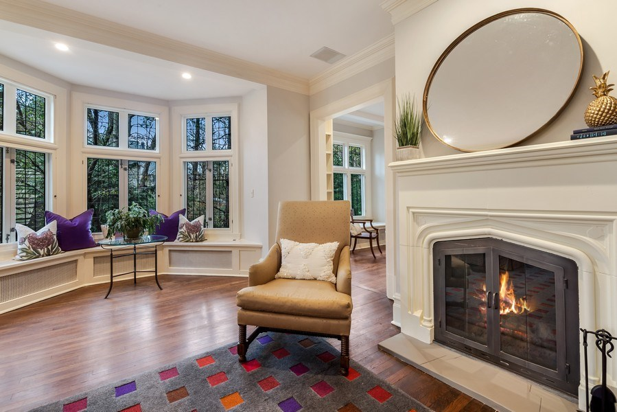 Real Estate Photography - 515 Greenleaf Avenue, Glencoe, IL, 60022 - Living Room