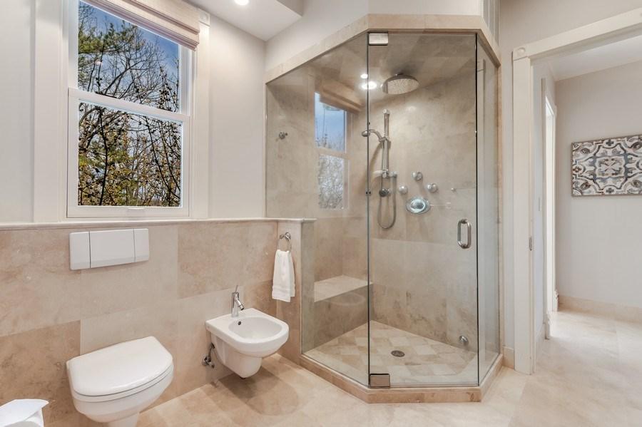 Real Estate Photography - 515 Greenleaf Avenue, Glencoe, IL, 60022 - Master Bathroom