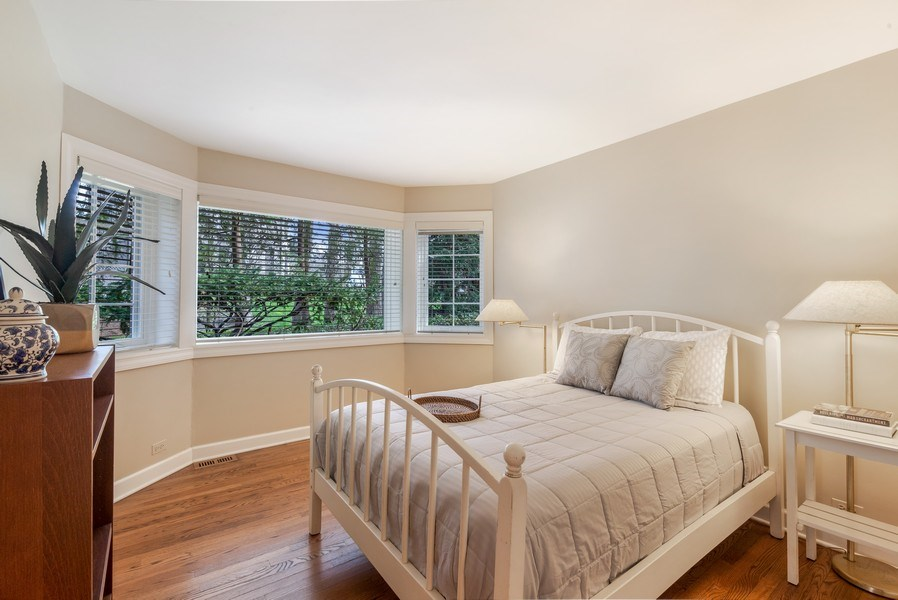 Real Estate Photography - 515 Greenleaf Avenue, Glencoe, IL, 60022 - Guest House Bedroom