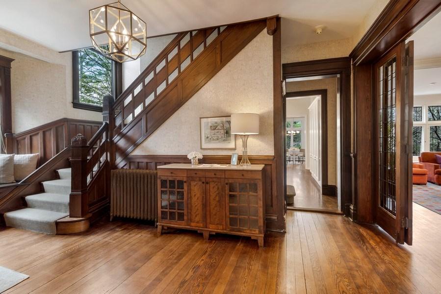 Real Estate Photography - 515 Greenleaf Avenue, Glencoe, IL, 60022 - Foyer