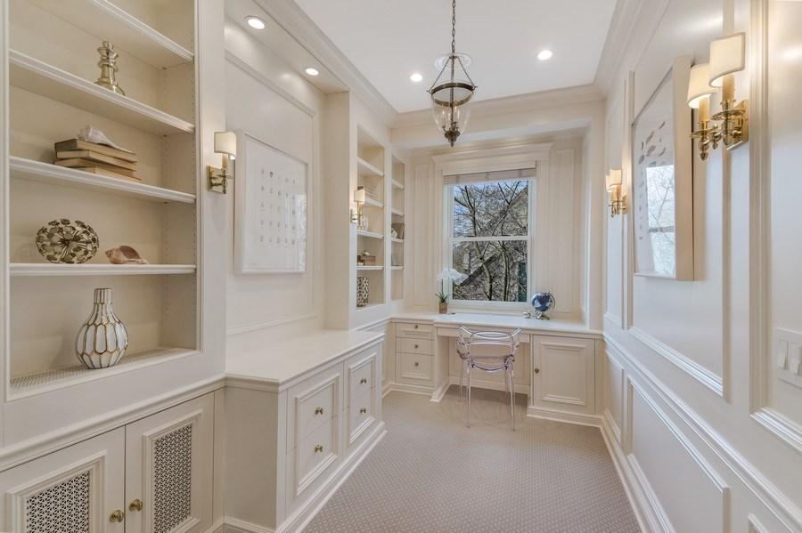 Real Estate Photography - 515 Greenleaf Avenue, Glencoe, IL, 60022 - Office