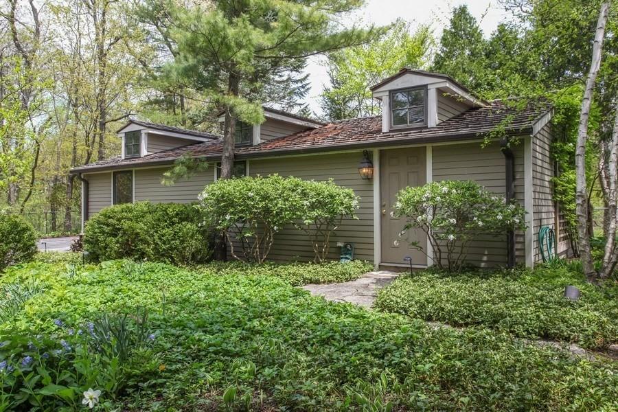Real Estate Photography - 515 Greenleaf Avenue, Glencoe, IL, 60022 - 4 Car Garage
