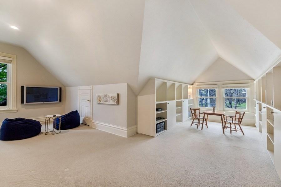 Real Estate Photography - 515 Greenleaf Avenue, Glencoe, IL, 60022 - Play / Recreational Room