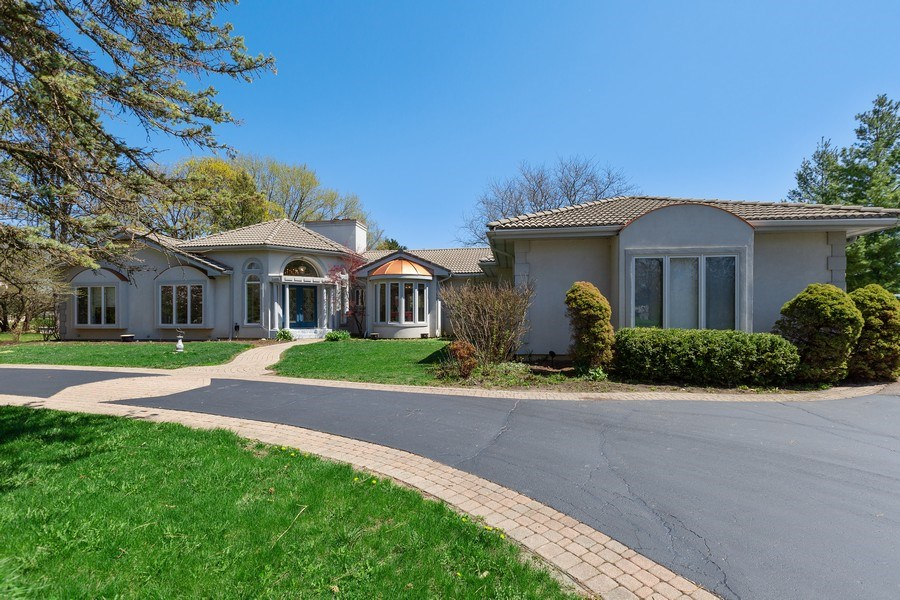 Real Estate Photography - 53 W. Lake Shore Drive, Barrington, IL, 60010 - Front View