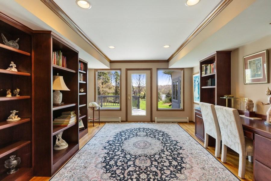 Real Estate Photography - 53 W. Lake Shore Drive, Barrington, IL, 60010 - Office