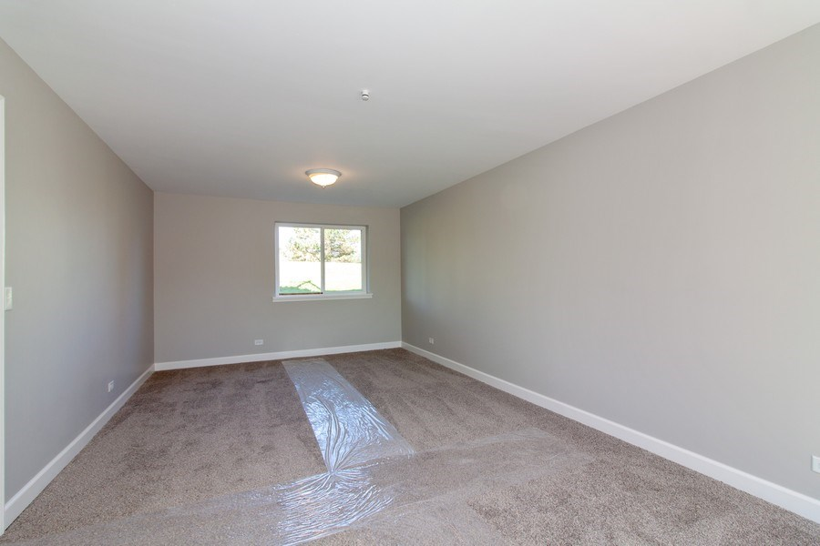 Real Estate Photography - 2860 Conifer Court, Aurora, IL, 60502 - Family Room