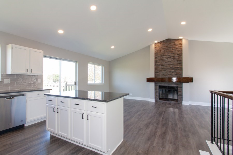 Real Estate Photography - 2860 Conifer Court, Aurora, IL, 60502 - Kitchen / Living Room