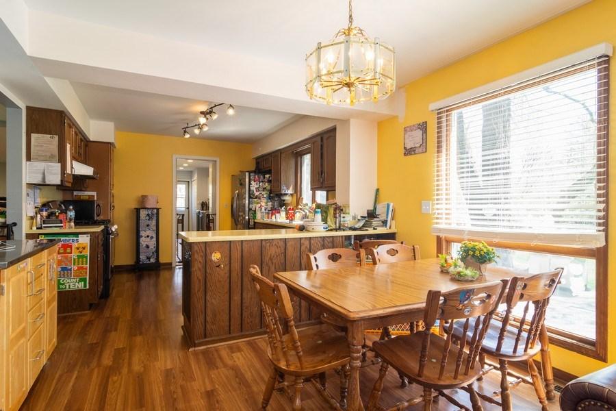 Real Estate Photography - 271 W. Michigan Avenue, Palatine, IL, 60067 - Kitchen / Breakfast Room