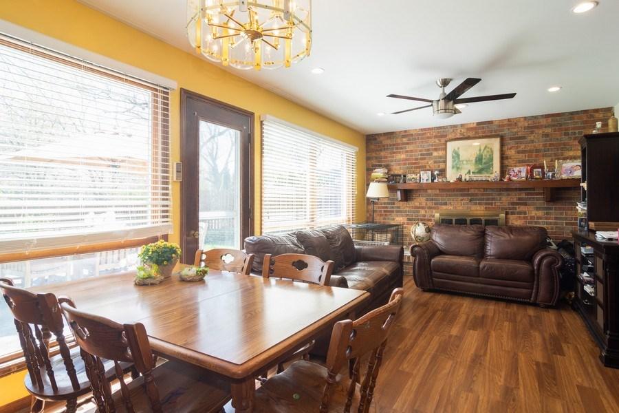 Real Estate Photography - 271 W. Michigan Avenue, Palatine, IL, 60067 - Breakfast Nook