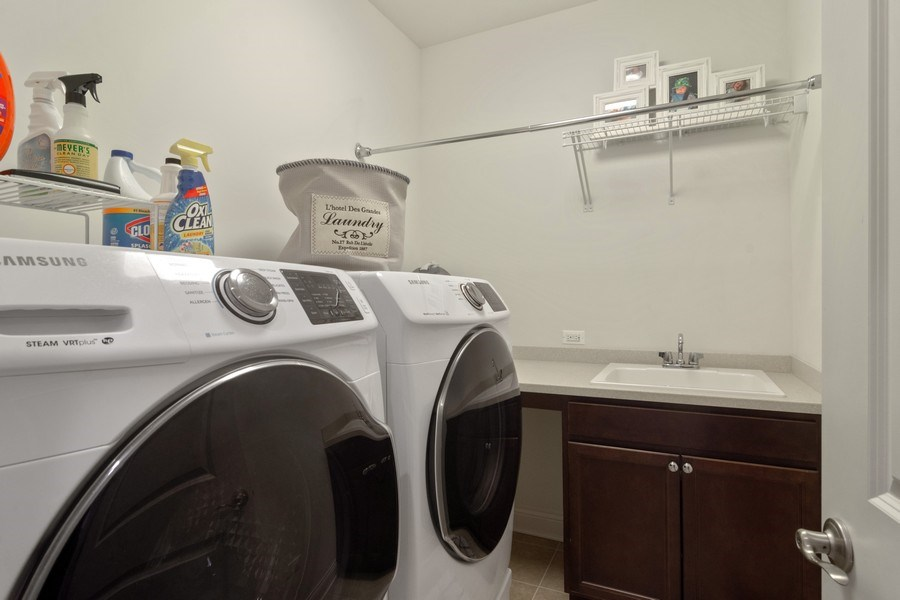 Real Estate Photography - 1432 Somerset Place, Barrington, IL, 60010 - Laundry Room 2nd Level