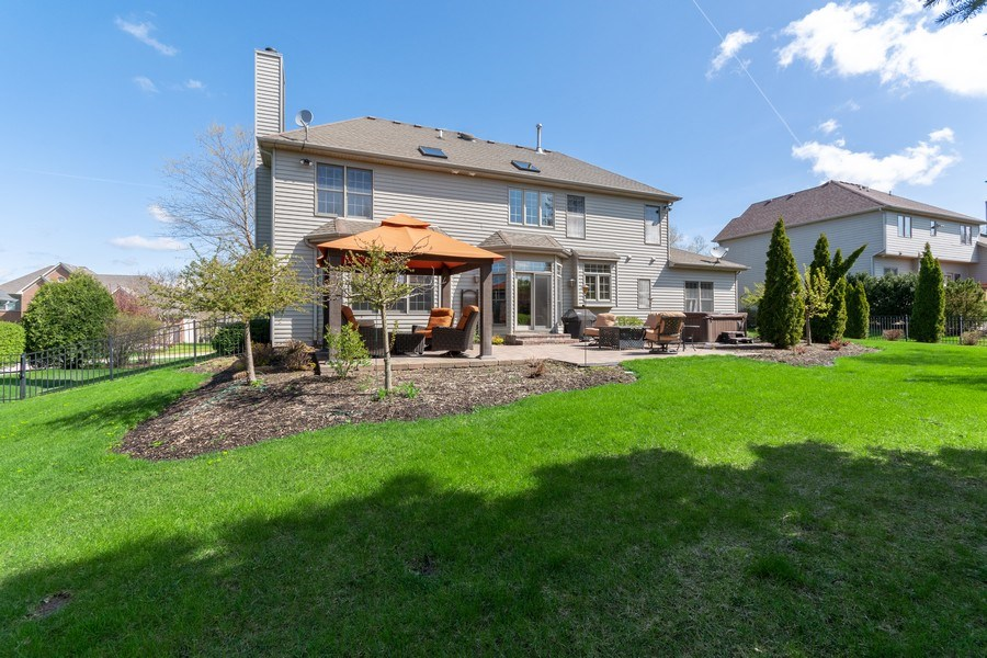 Real Estate Photography - 630 Ekman Drive, Batavia, IL, 60510 - Back Yard