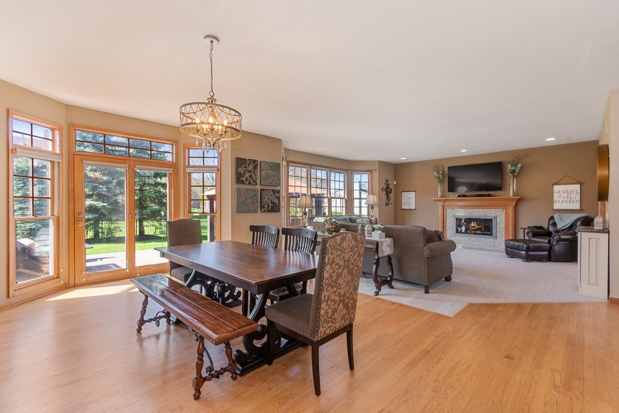 Real Estate Photography - 630 Ekman Drive, Batavia, IL, 60510 - Breakfast Nook