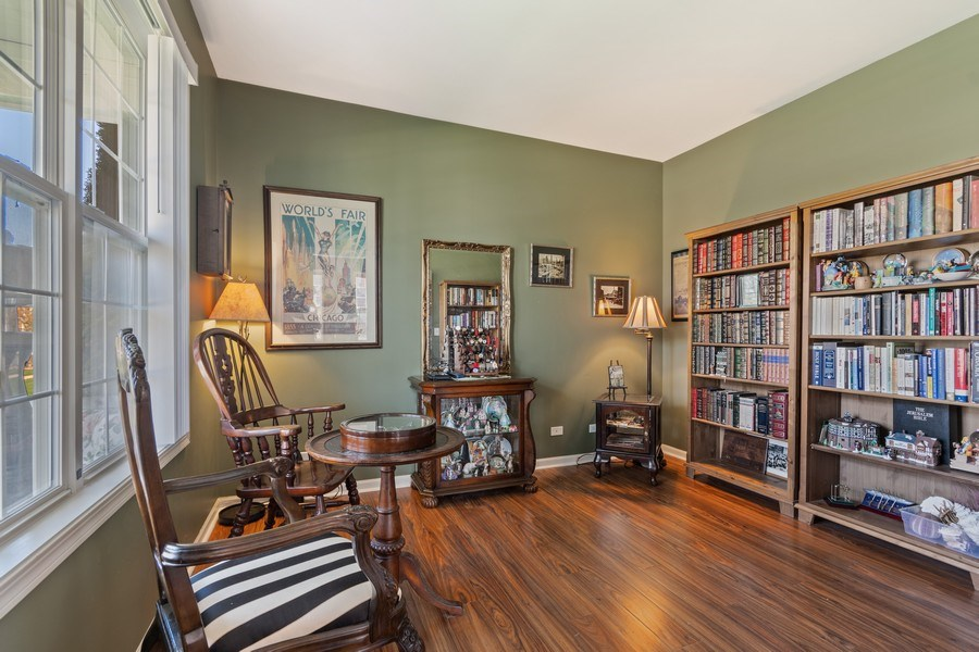 Real Estate Photography - 1407 Blume Drive, Elgin, IL, 60124 - The Library or Den