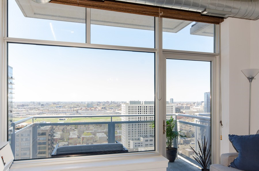 Real Estate Photography - 1305 S. Michigan Avenue, Unit 2002, Chicago, IL, 60605 - Balcony with unobstructed west exposure