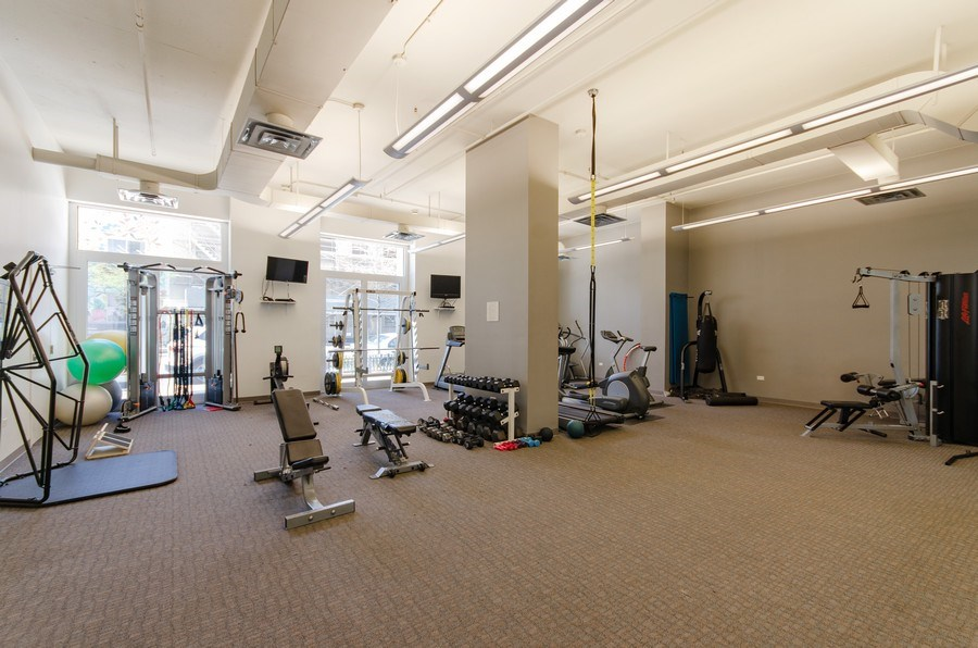 Real Estate Photography - 1305 S. Michigan Avenue, Unit 2002, Chicago, IL, 60605 - Building Fitness Room