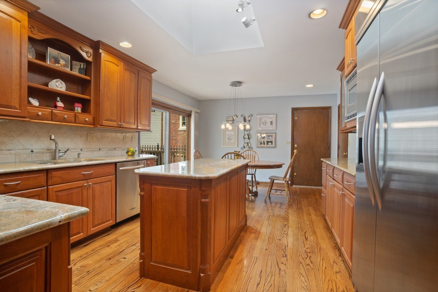 Real Estate Photography - 112 Wisner Street, Park Ridge, IL, 60068 - Kitchen