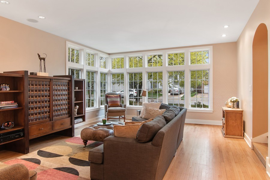 Real Estate Photography - 3206 Park Place, Evanston, IL, 60201 - Family Room