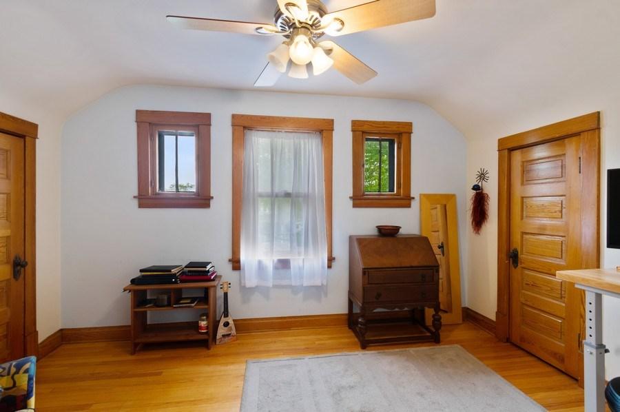 Real Estate Photography - 839 S. Taylor Avenue, Oak Park, IL, 60304 - 3rd Bedroom