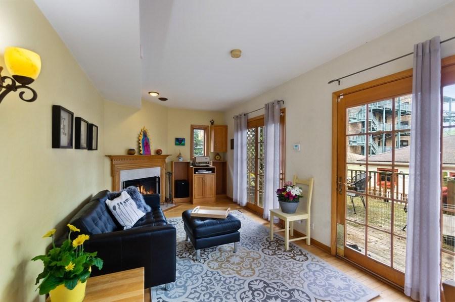 Real Estate Photography - 839 S. Taylor Avenue, Oak Park, IL, 60304 - Family Room