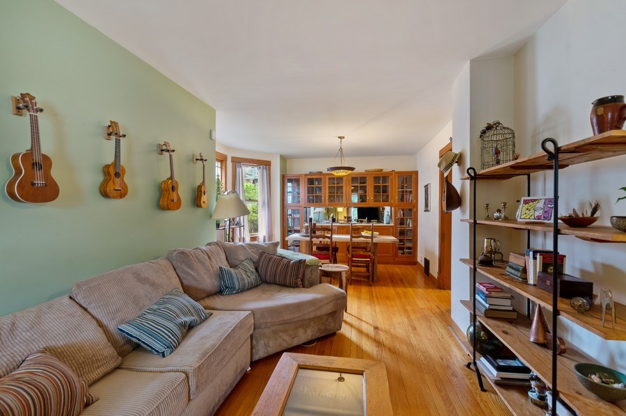 Real Estate Photography - 839 S. Taylor Avenue, Oak Park, IL, 60304 - Living Room / Dining Room