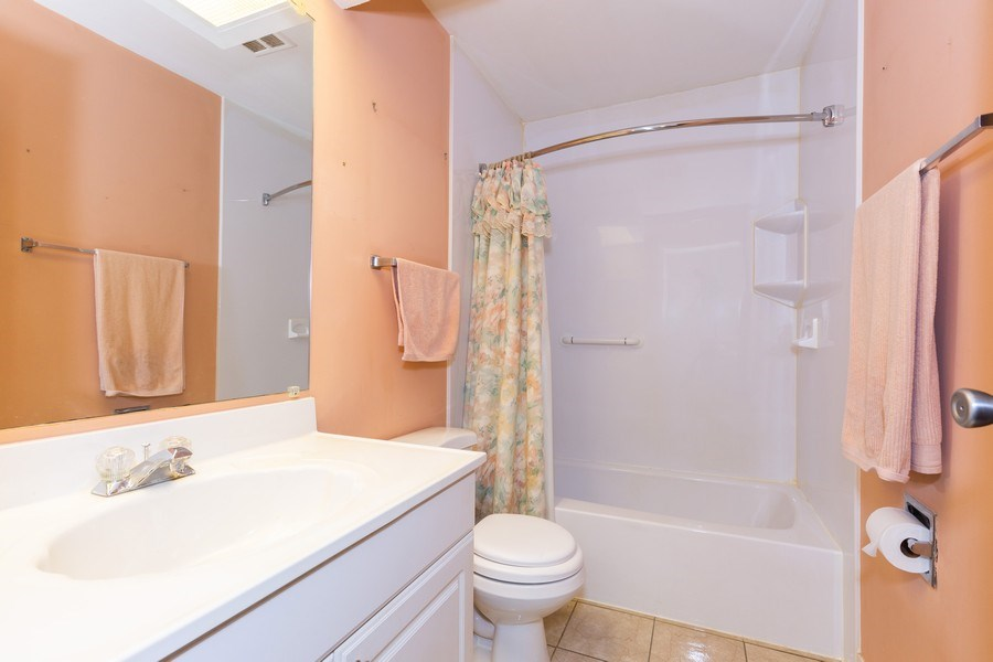 Real Estate Photography - 6 Charlotte Court, Bolingbrook, IL, 60440 - Bathroom