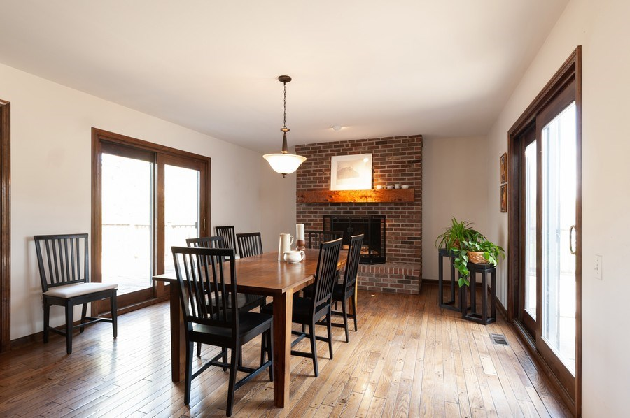 Real Estate Photography - 223 Deepwood Court, Barrington Hills, IL, 60010 - Dining Room