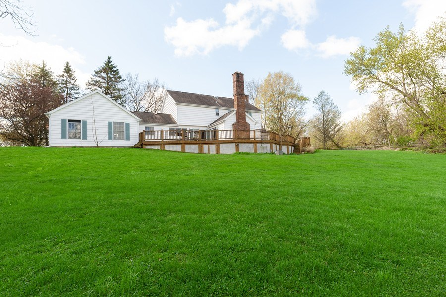 Real Estate Photography - 223 Deepwood Court, Barrington Hills, IL, 60010 - Rear View