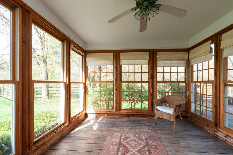 Real Estate Photography - 223 Deepwood Court, Barrington Hills, IL, 60010 - Sun Room