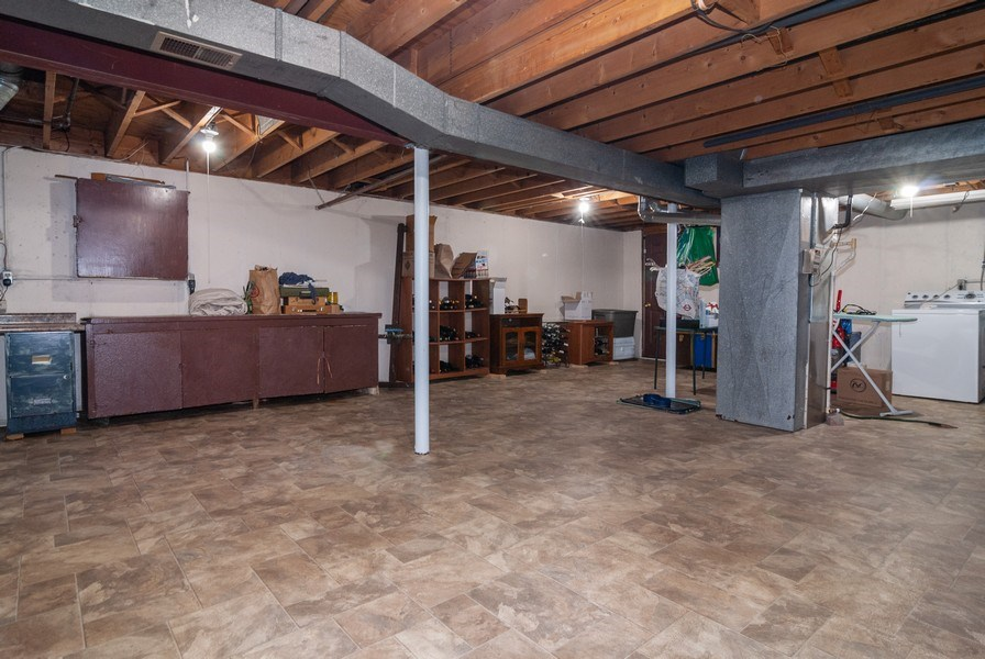 Real Estate Photography - 806 Hamlet Street, Batavia, IL, 60510 - Sub-basement