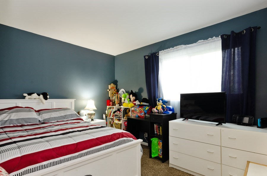 Real Estate Photography - 105 WOODCREST Circle, Streamwood, IL, 60107 - 2nd Bedroom