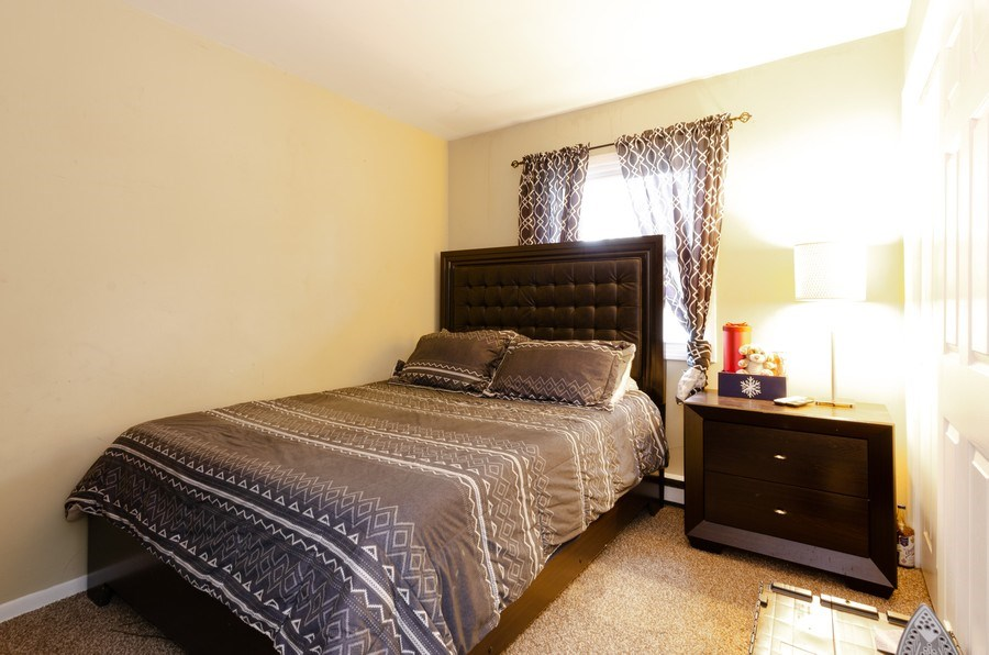 Real Estate Photography - 105 WOODCREST Circle, Streamwood, IL, 60107 - 4th Bedroom