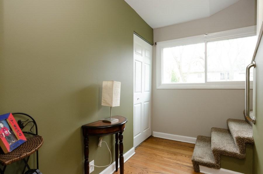 Real Estate Photography - 105 WOODCREST Circle, Streamwood, IL, 60107 - Hallway